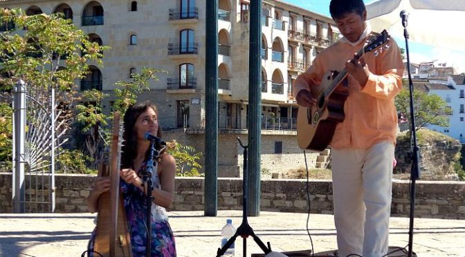 Lucho and Leticia Perform in Ronda