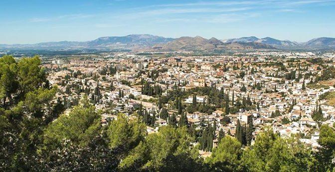 El próximo viernes 14/10 nos vamos a Granada para visitar la Alhambra y conocer …